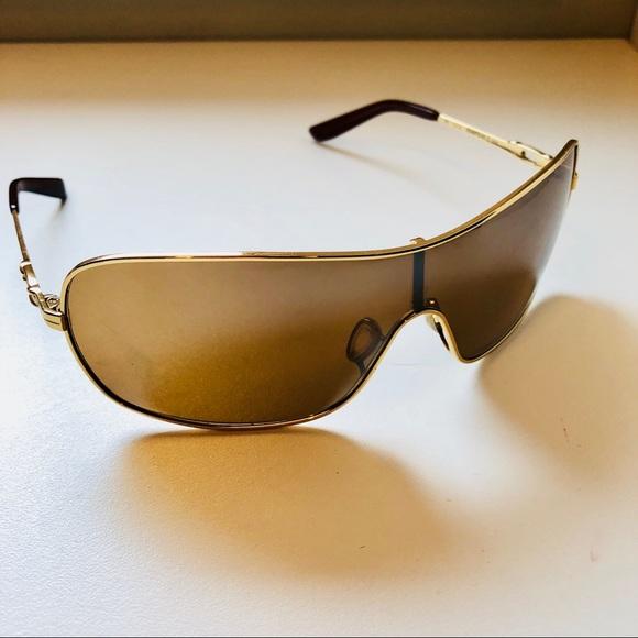 13f71178329 Oakley Womens Tungsten shield Sport Sunglasses. M 5b81b4e610fc548a4f1eb892